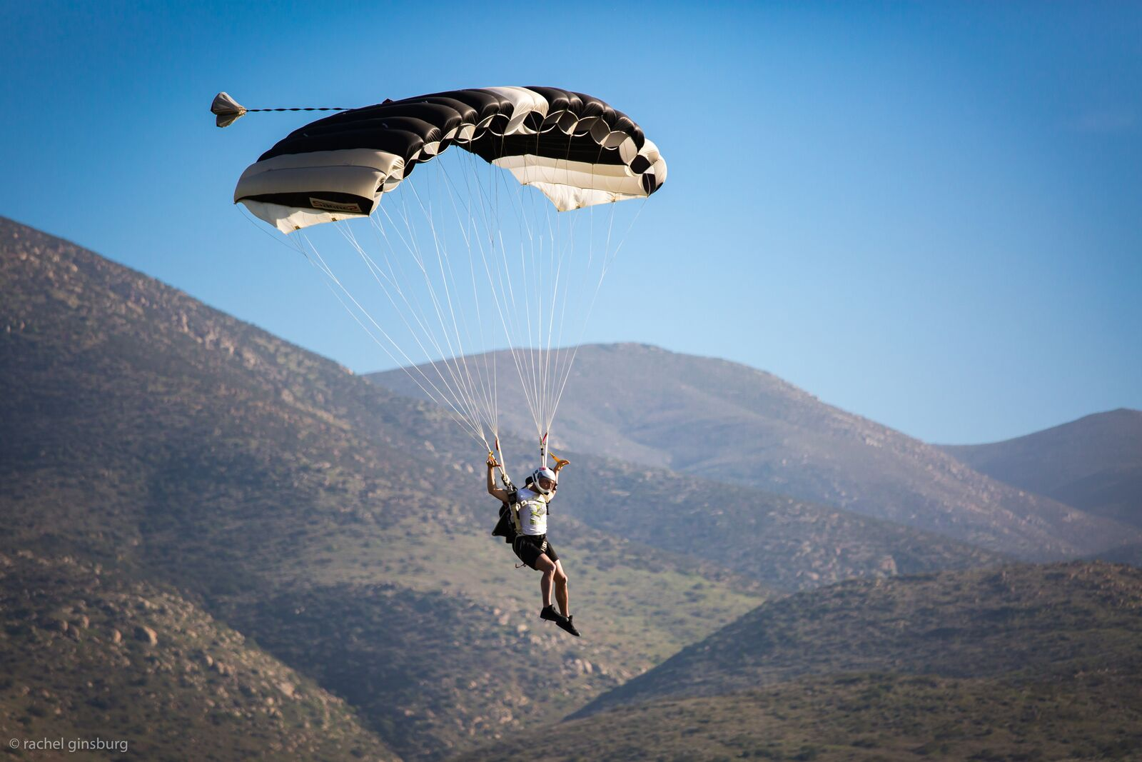 skydive san diego parachuting