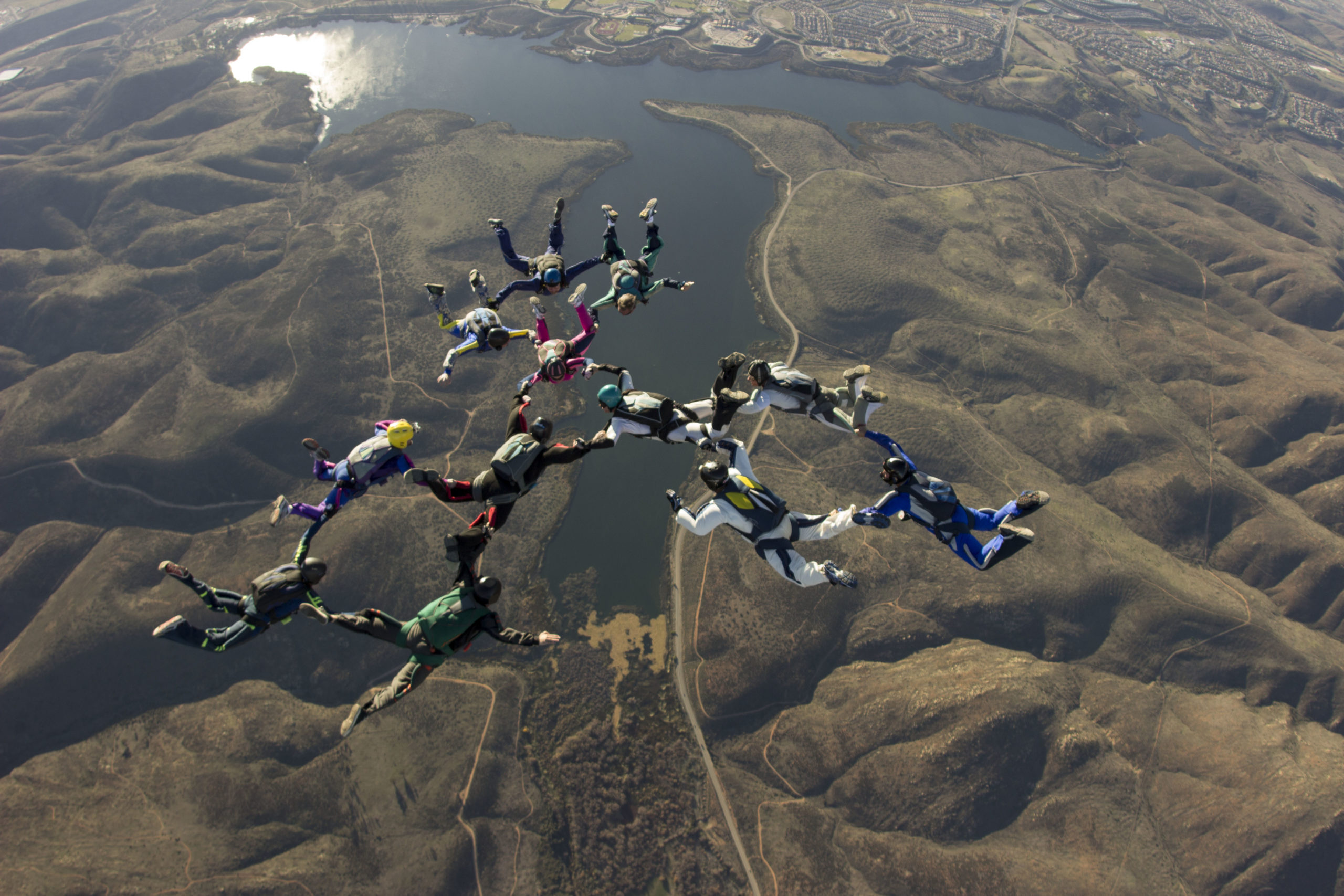 large pro group jumpers skydive san diego